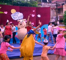Experiences of developing theatre for children with activities of public theatrical projects.